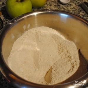 Имбирные маффины с яблоками - фото шаг 4