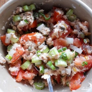 Салат из консервированной горбуши - фото шаг 6
