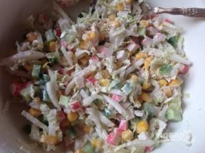 Салат с крабовыми палочками и пекинской капустой - фото шаг 5