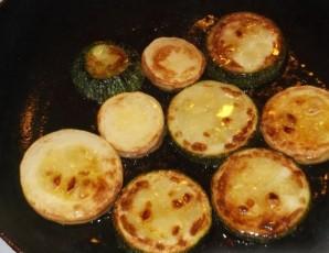 Кабачки жареные консервированные - фото шаг 5