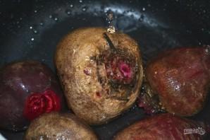 Салат из отварной свеклы и чеснока - фото шаг 1