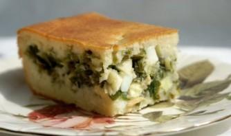 Быстрый (заливной) пирог с зелёным луком и яйцом - фото шаг 5