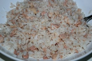 Салат с печенью трески и рисом - фото шаг 2