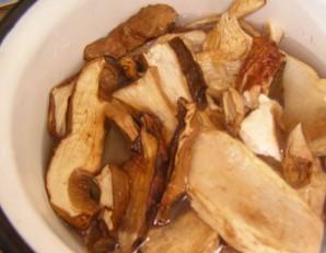 Грибная лапша из сушеных грибов - фото шаг 1