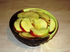 Тушеные яблоки - фото шаг 2