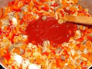 Солянка грибная на зиму с томатной пастой - фото шаг 4