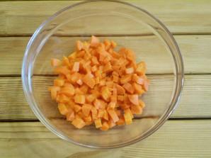 Салат с грибами и морковью - фото шаг 5