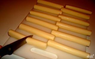 Сырные палочки из моцареллы - фото шаг 1