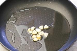Томатная подлива с креветками - фото шаг 3