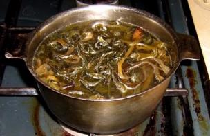 Вкусный салат из морской капусты - фото шаг 2