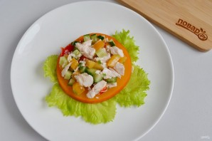 Слоеный салат из хурмы - фото шаг 9