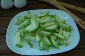 Рагу из кабачков и капусты - фото шаг 1