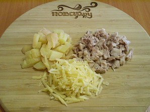 Салат с курицей и корейской морковкой - фото шаг 2