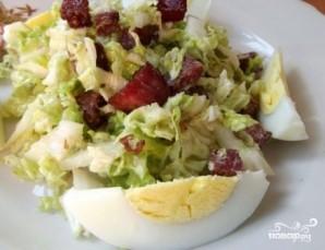 Салат из пекинской капусты с копченой колбасой - фото шаг 9