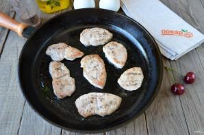Филе индейки под вишневым соусом - фото шаг 6
