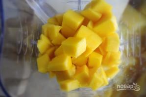 Бананово-манговый смузи - фото шаг 2