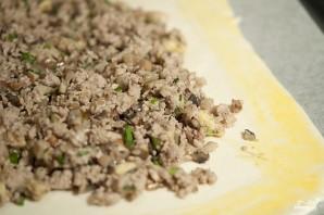 Паштет из телятины и грибов в слоеном тесте - фото шаг 8