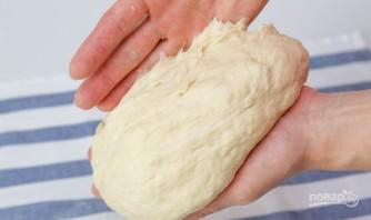 Пирожки с луком и яйцами - фото шаг 5