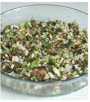 Щука с рисом и грибами - фото шаг 4