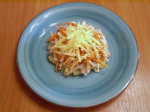 Слоеный салат с корейской морковью и курицей - фото шаг 6