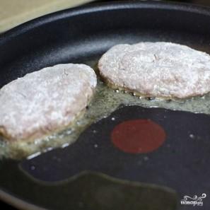 Котлеты, фаршированные грибами - фото шаг 19