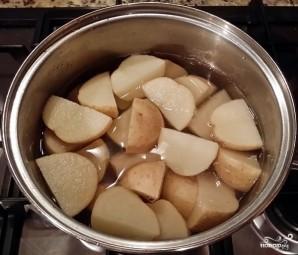 Картофельная запеканка с курицей и грибами - фото шаг 1