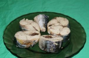 Рыбные консервы в мультиварке - фото шаг 3