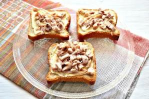 Горячие бутерброды с курицей и сыром - фото шаг 4