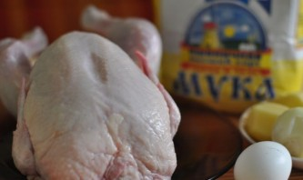 Курица в тесте с картошкой - фото шаг 1