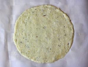 Пицца с вкусным краешком - фото шаг 4