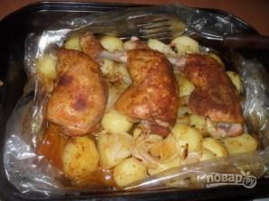 Курица с картошкой в рукаве в духовке - фото шаг 6