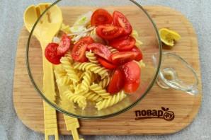 Паста-салат с консервированным тунцом - фото шаг 3