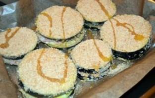 Баклажаны с сыром и ветчиной - фото шаг 7