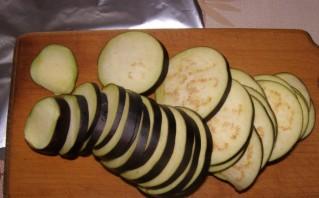 Баклажаны в фольге в духовке - фото шаг 2
