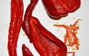 Аджика из острого перца - фото шаг 1