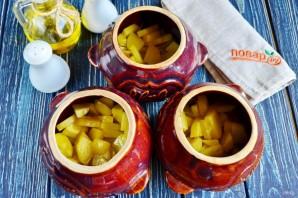 Горшочки с рыбой и солеными огурцами - фото шаг 7