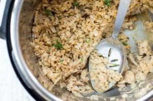 Рис с курицей и грибами в скороварке - фото шаг 8