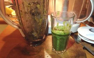 Жиросжигающий зеленый коктейль - фото шаг 4