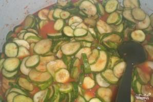 Огурцы в томатной заливке - фото шаг 3