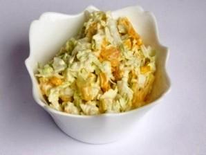 Салат капустный с кукурузой и яблоком - фото шаг 4