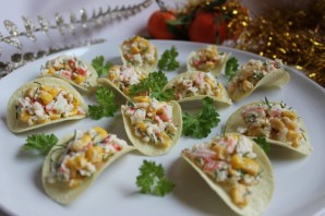 Салат в чипсах - фото шаг 7