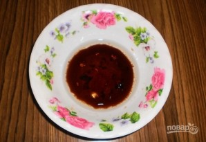 Картофель, запеченный в соевом соусе с чесноком - фото шаг 2