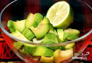 Гуакамоле из авокадо - фото шаг 2