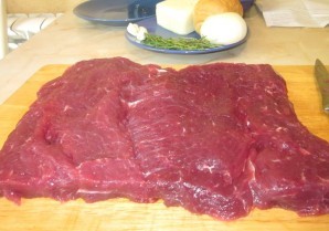 Рулет из говядины с моцареллой - фото шаг 1