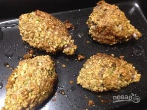 Куриные голени в ореховой корочке - фото шаг 9