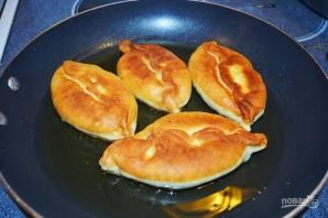 Пирожки с картошкой, жаренные на сковороде - фото шаг 11