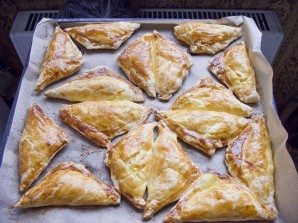 Пирожки-треугольники с мясом - фото шаг 5