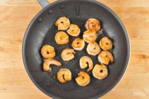 Лингвини с креветками в сливочном соусе - фото шаг 3