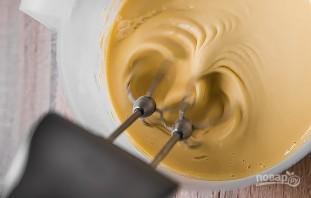 Простой рецепт тонких блинов на молоке - фото шаг 3
