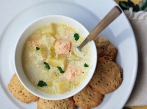 Суп из семги в мультиварке - фото шаг 5